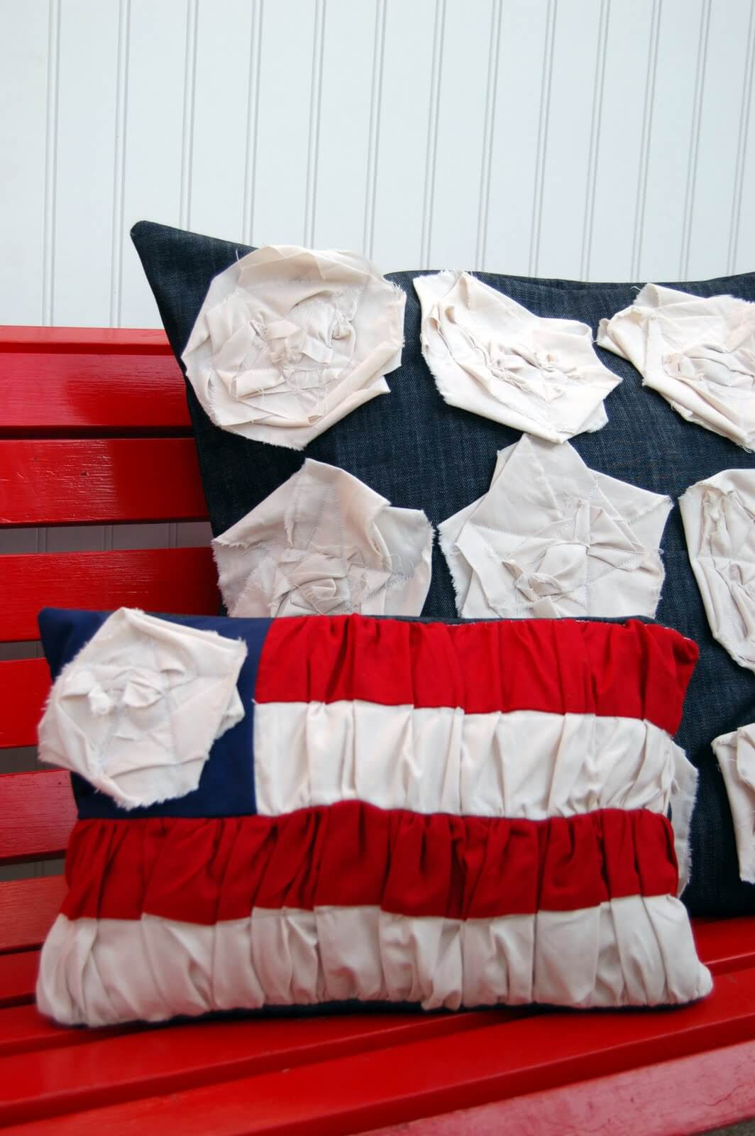 Patriotic Throw Pillows with Ruffled Fabric