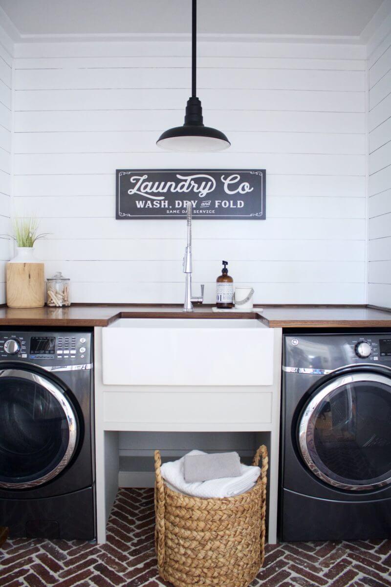 Vintage Shiplap Laundry Room Walls