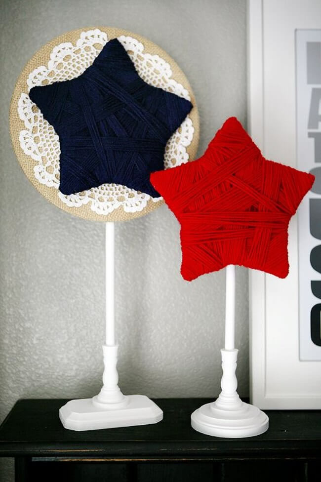 Red and Blue Yarn Stars on Stands