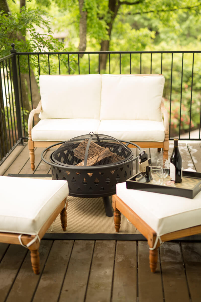 Awesome Idea for Sitting Outdoors in Luxury