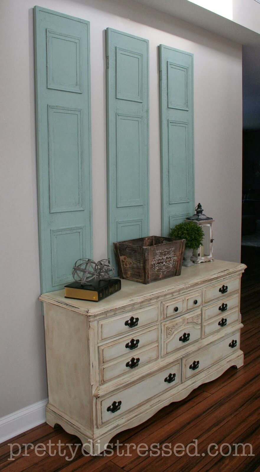 Upcycled Painted Privacy Screen Wall Décor