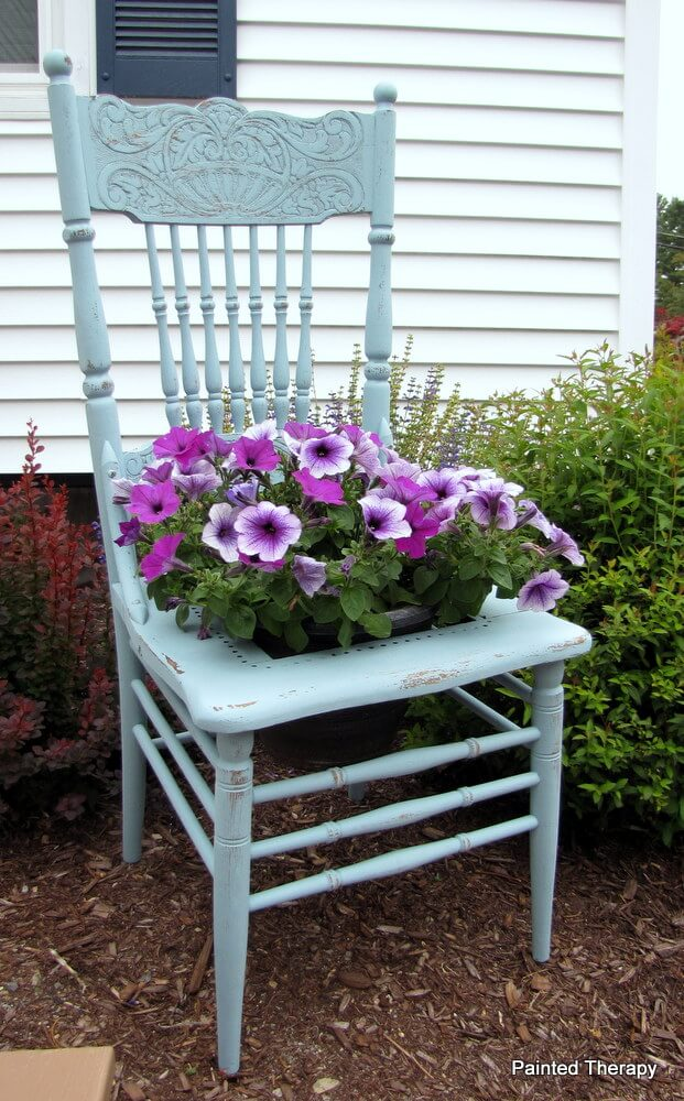 Petal Pleasing 'Have a Seat' in the Yard Petunia Planter
