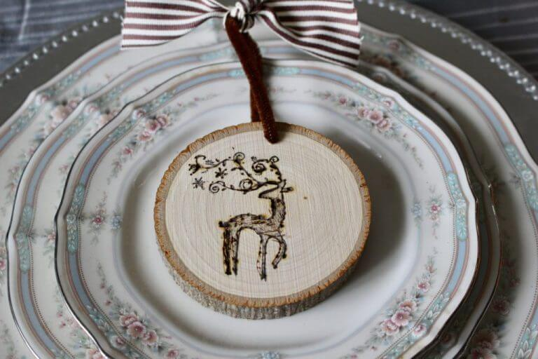 Farmhouse Style Slice Wood Ornaments