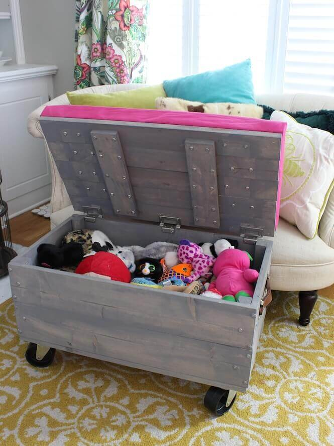 Holiday Rolling Storage Ottoman