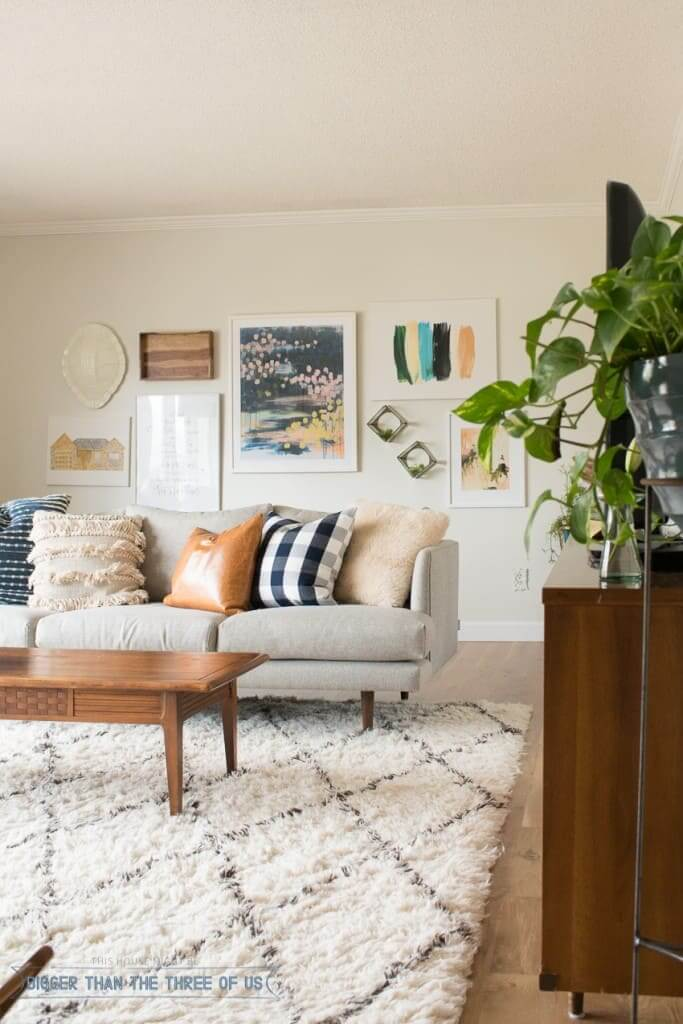 Breezy Mid-Century Modern Space with Pops of Color