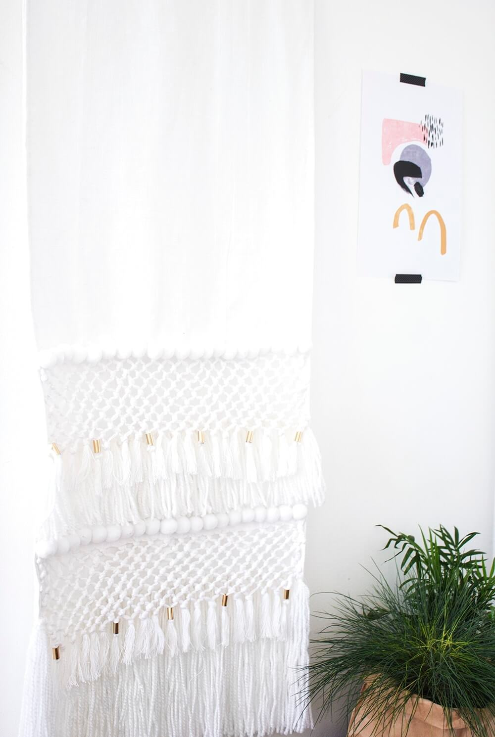 Beautiful No-Weave Tapestry for Negative Wall Space