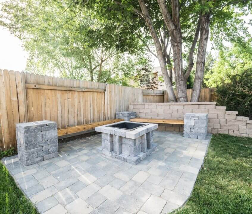 Paved Fire Pit Backyard Garden Patio