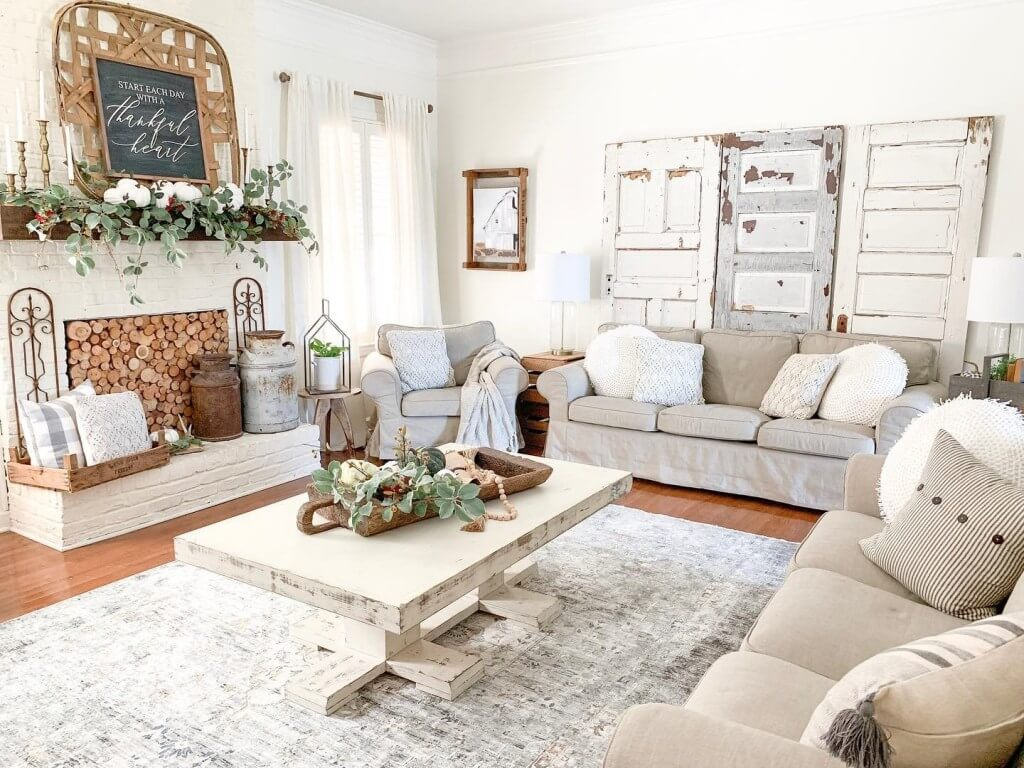 Vintage Southern Charm Makes Inviting Space