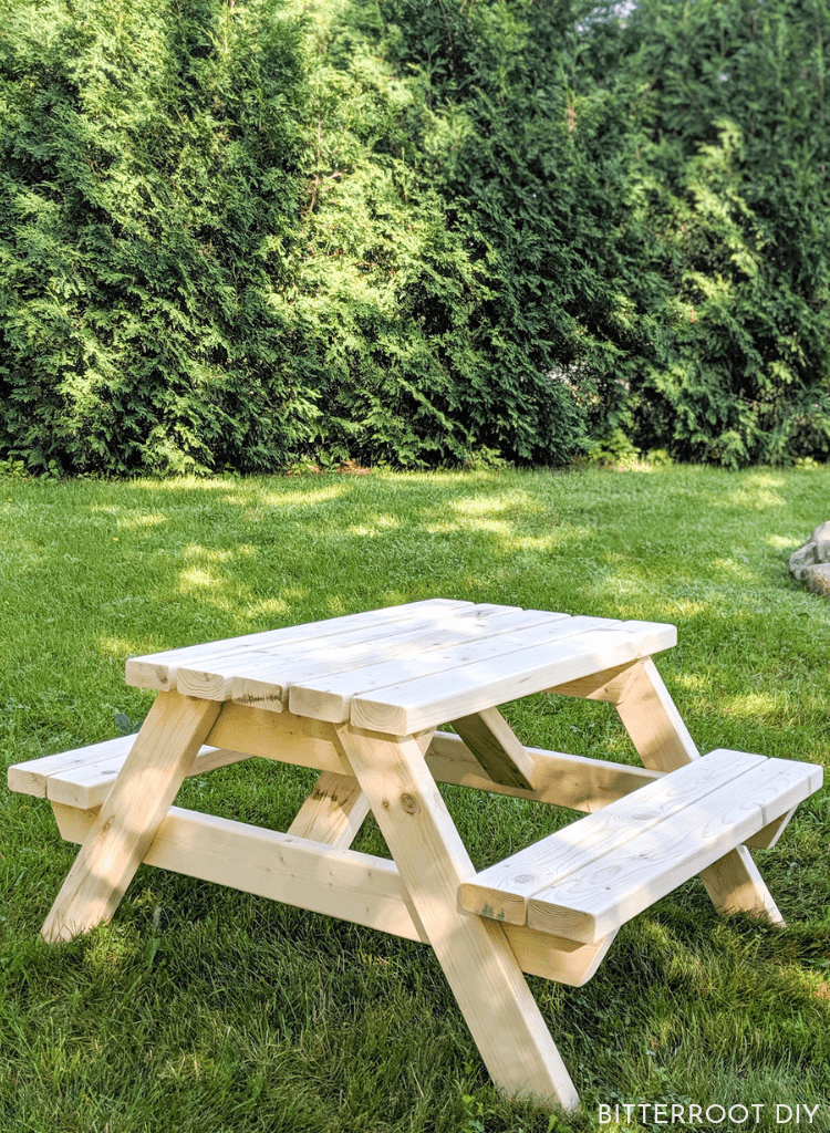 Kids' Outdoor Picnic Table