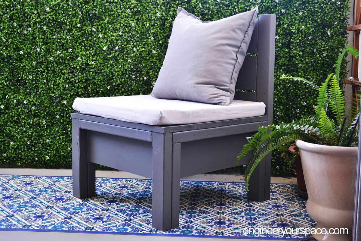 Wide-Bottomed Patio Chair