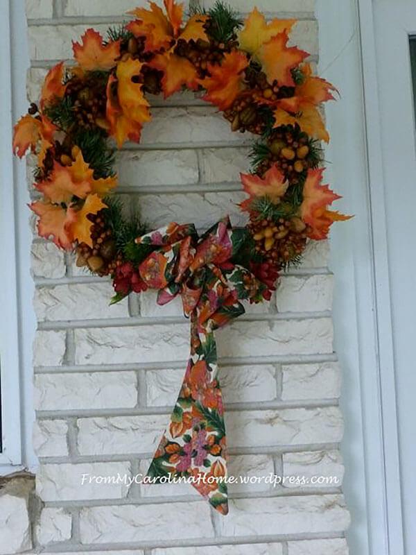 Falling Leaves Wreath with Leaf Lovin Bow