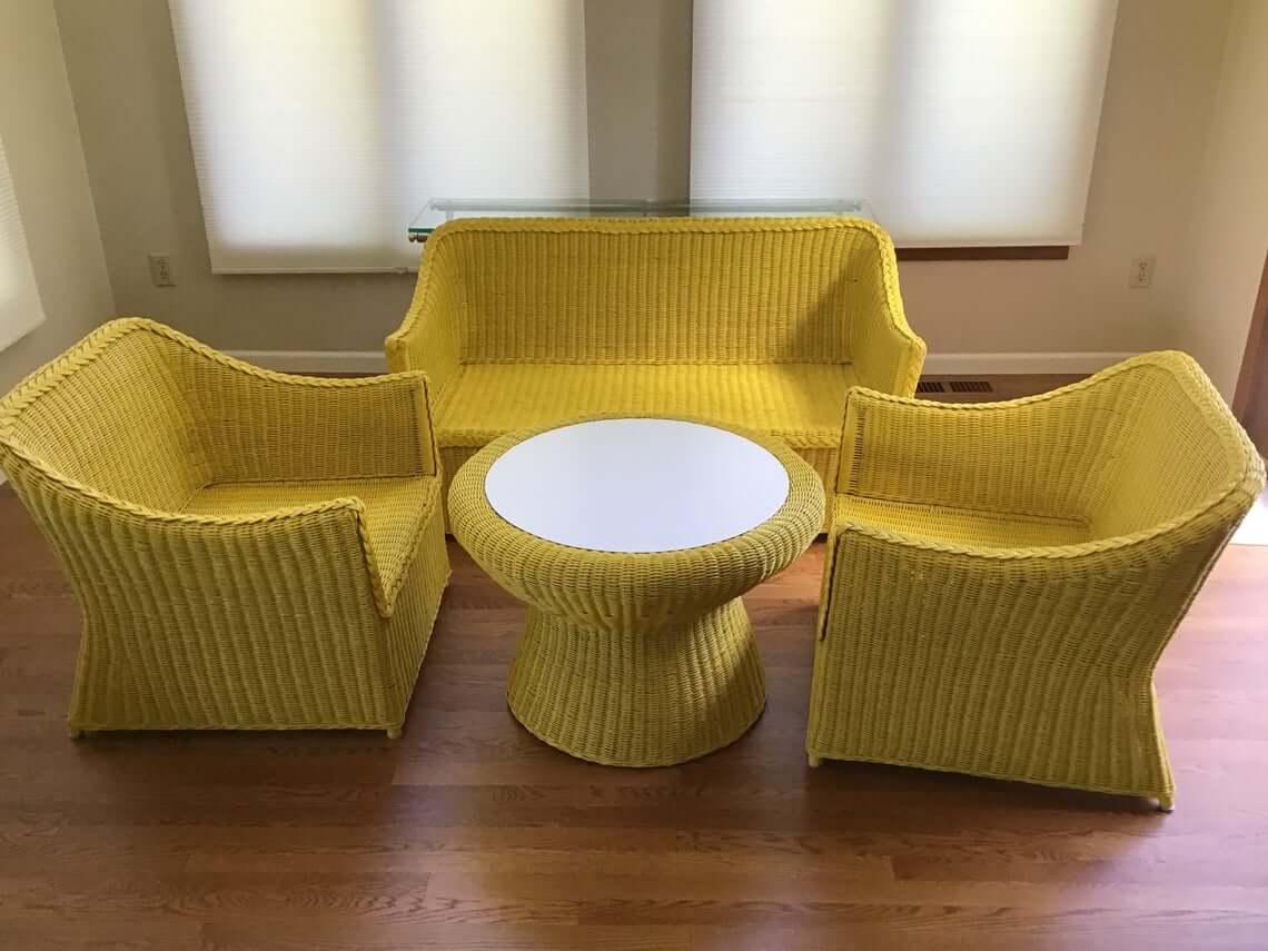 Vintage Wicker Round Table Furniture Set