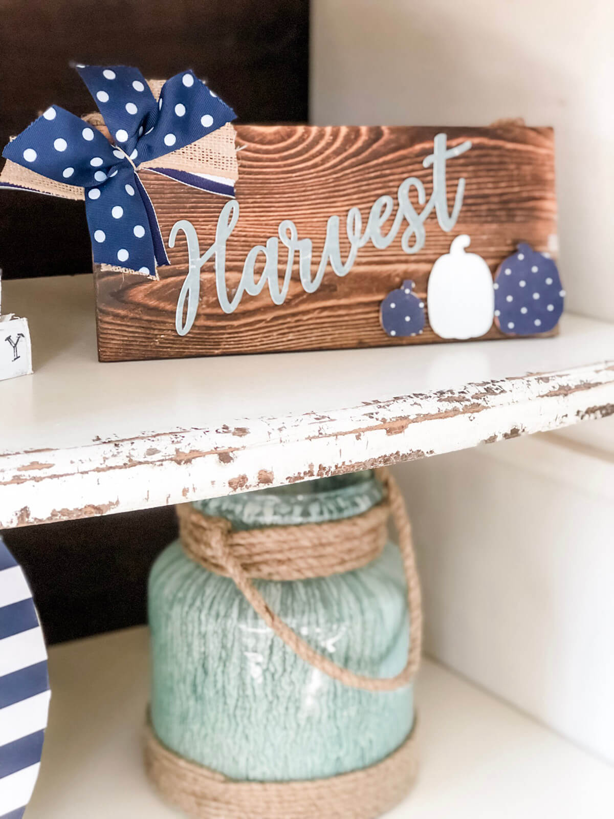 Easy to make Rustic Wood Harvest Sign