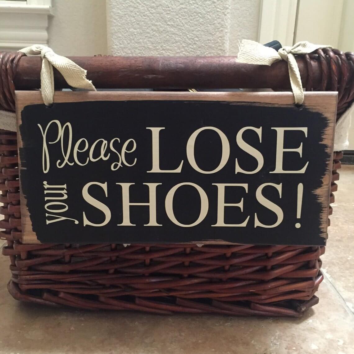 Dark Basket with Reminder Sign