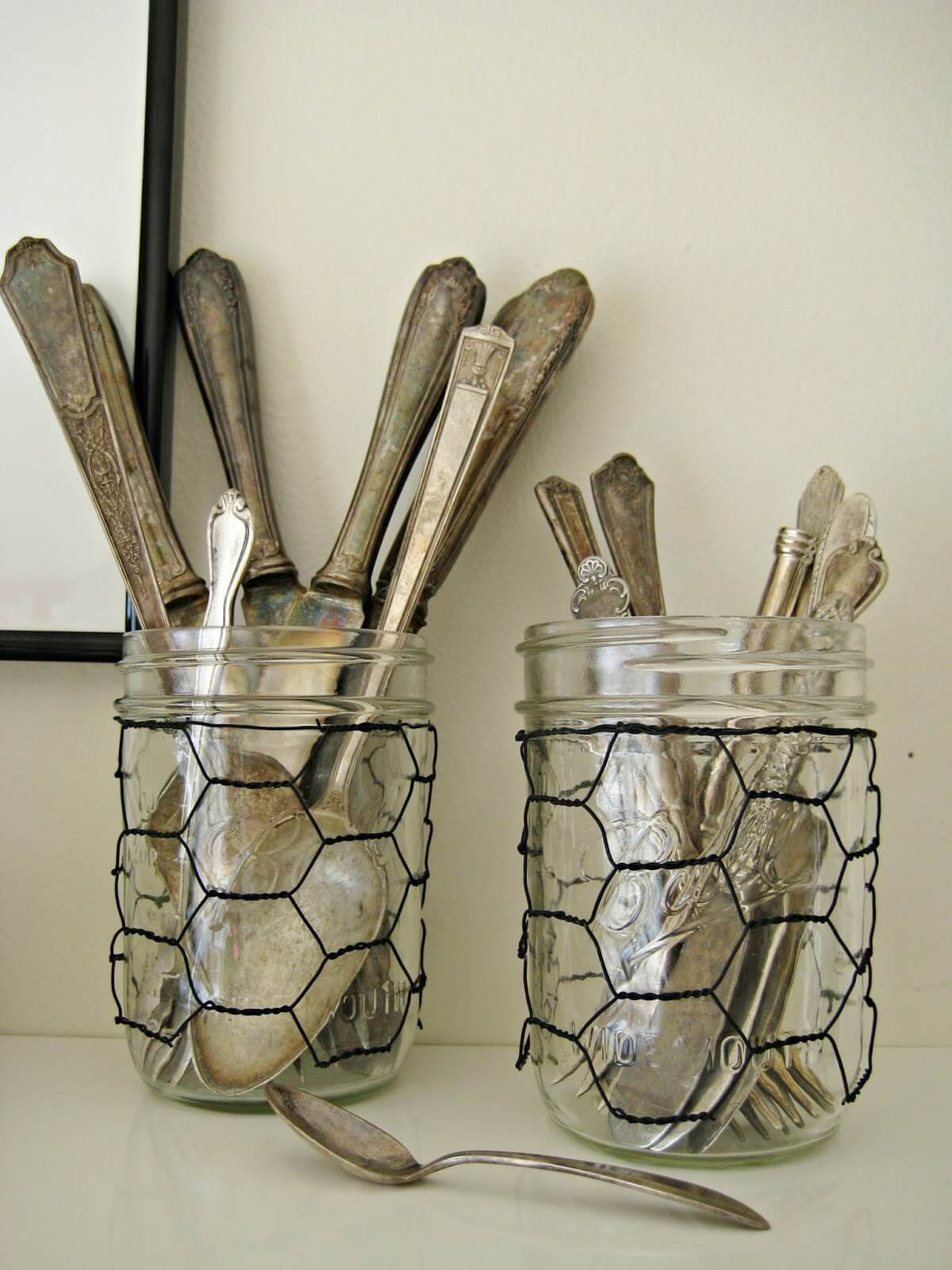 Chicken wired Utensil Holders for Your Kitchen