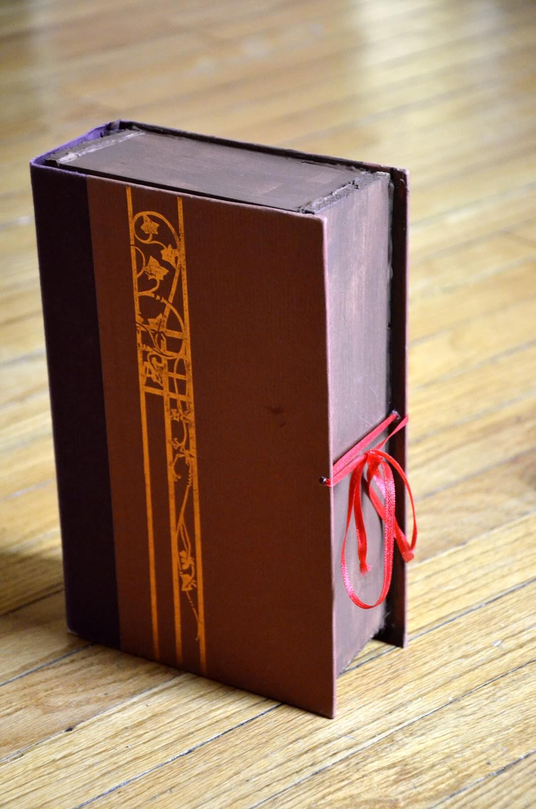 Secret Storage Large Book Box