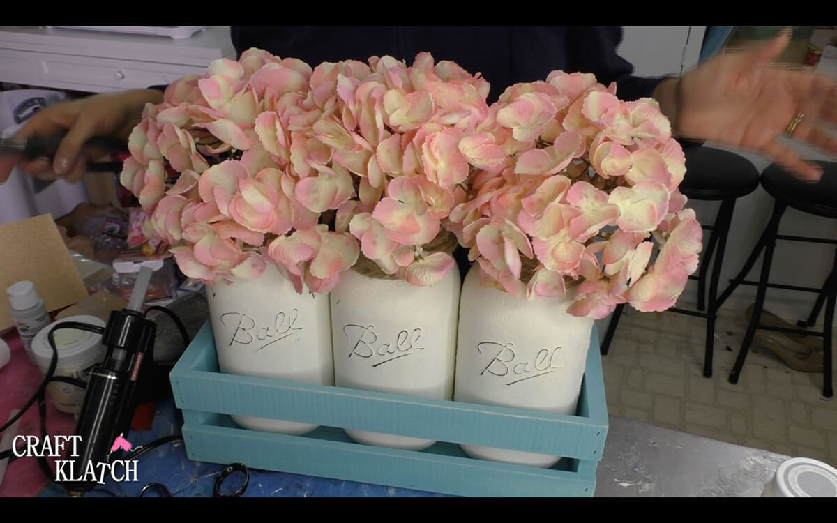DIY Weathered Farmhouse Flower Vases