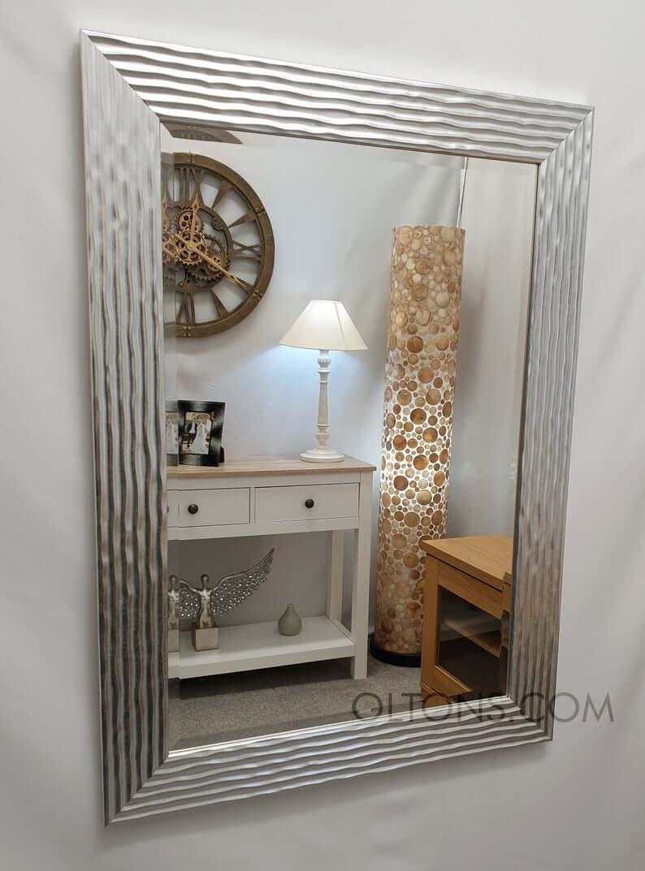 Beautiful Ridged Wavy Frame Mirror