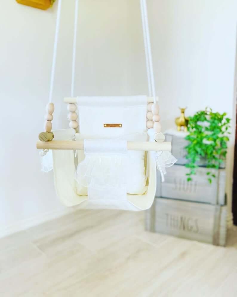 Modern Yet Beautiful Baby Swings