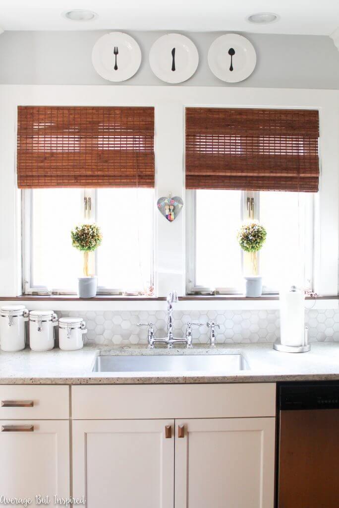 DIY Farmhouse Kitchen Decorative Plates