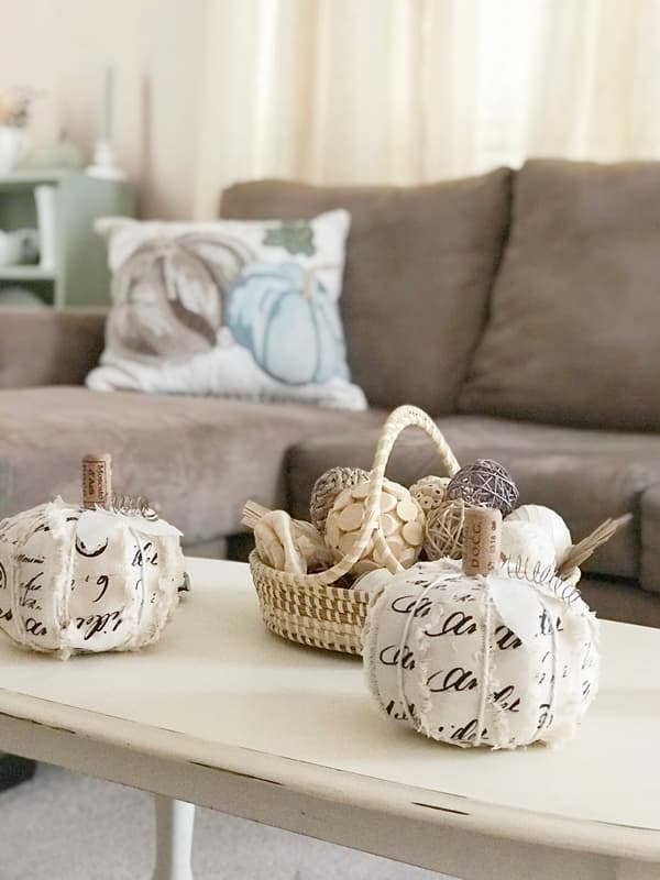 Modern and Contemporary DIY Pumpkin Accent Decorations
