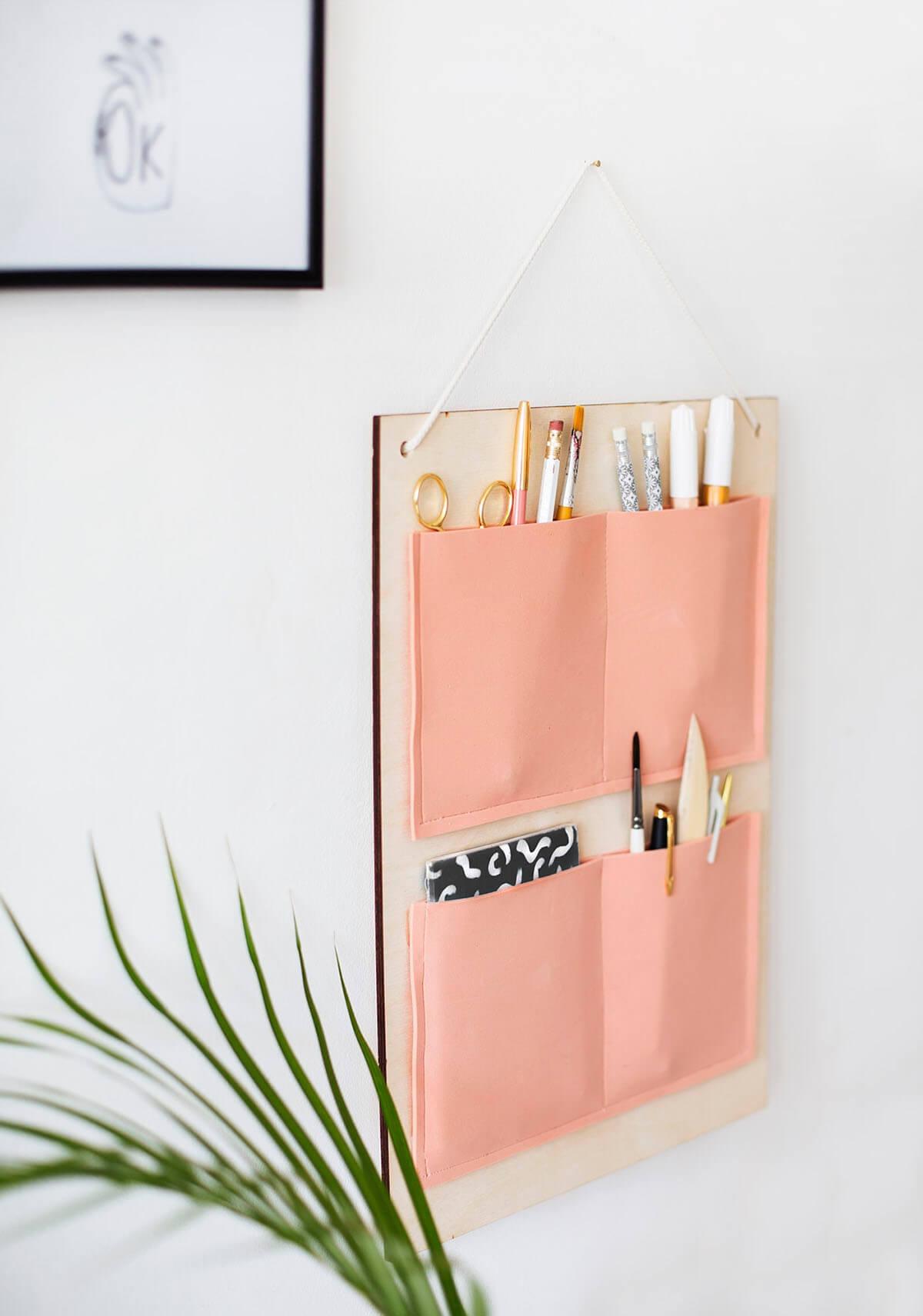 Peachy Keen Decorative Hanging Organizer