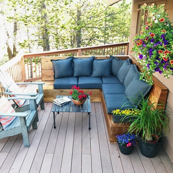 Large Sectional Perfect for Outdoor Hosting