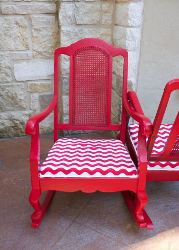 Colorful Used Cushioned Rocking Chairs