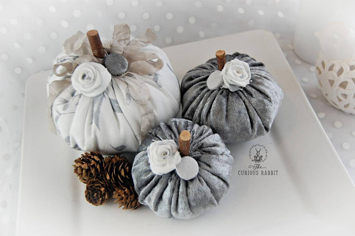 Romantic Silver and Shiny Wedding Time Pumpkins