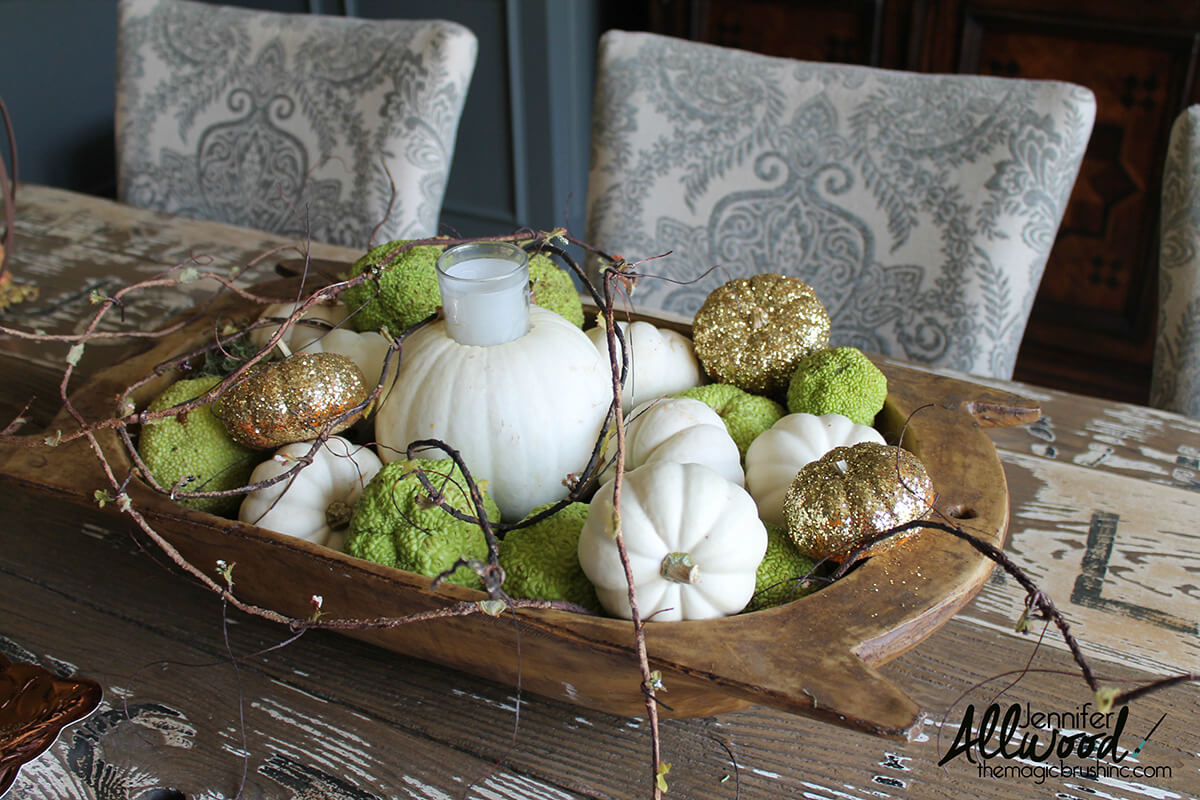 Green Glitter and Ghostly Pumpkin Tray
