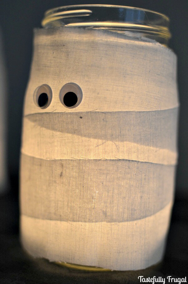 Craft Some Mason Jar Mummies