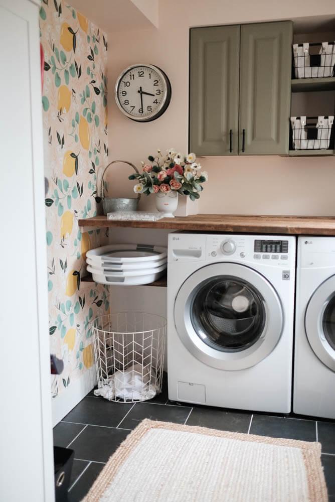 Easy Peasy Lemon Squeezy Laundry Room