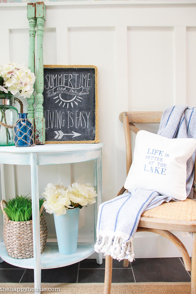 Delightful Coastal Farmhouse Sitting Area