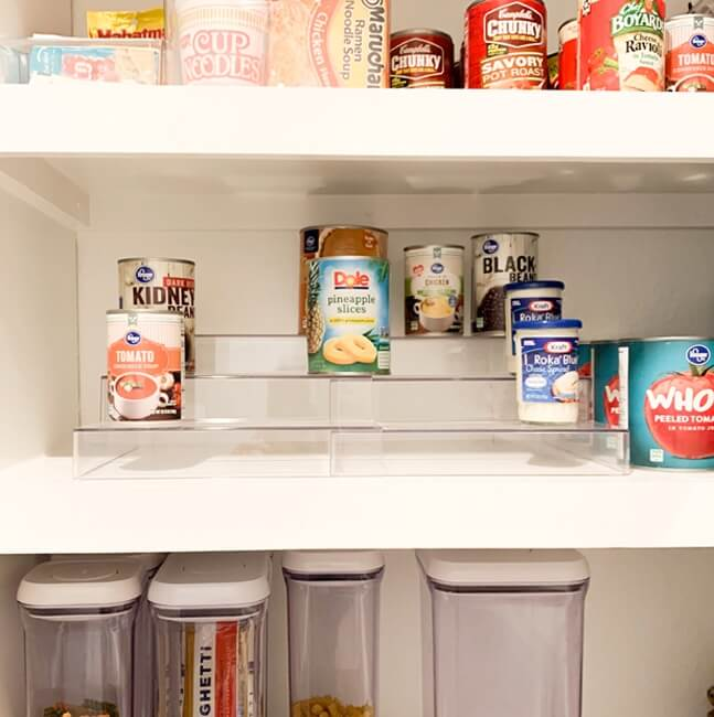 Expandable Raised Canned Pantry Organizer