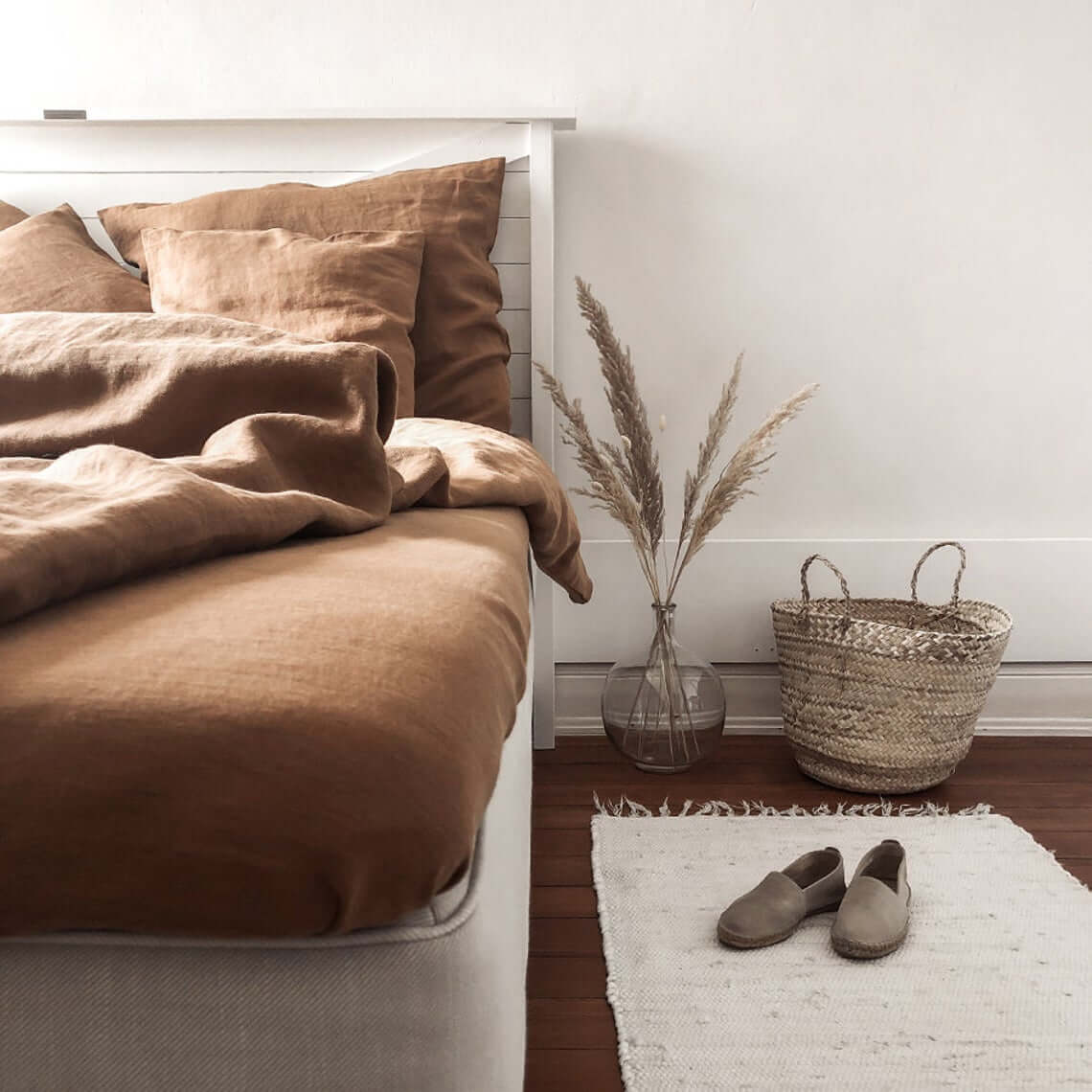 Terrific Textures Abound in this Breathtaking Bedroom
