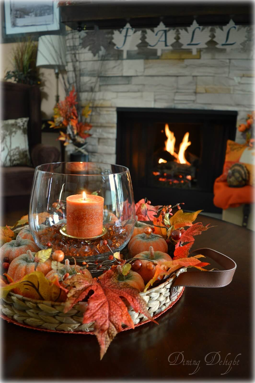 Stunning Small-Sized Coffee Table Fall Décor