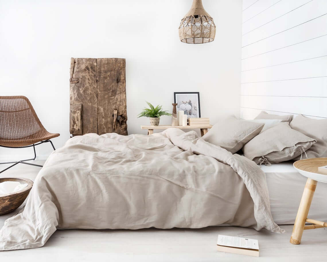 An abundance of Earthy Elegance Bedroom Design