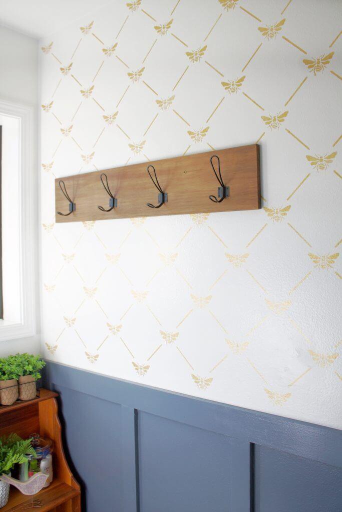 Wooden Wall Hook Hanging Décor