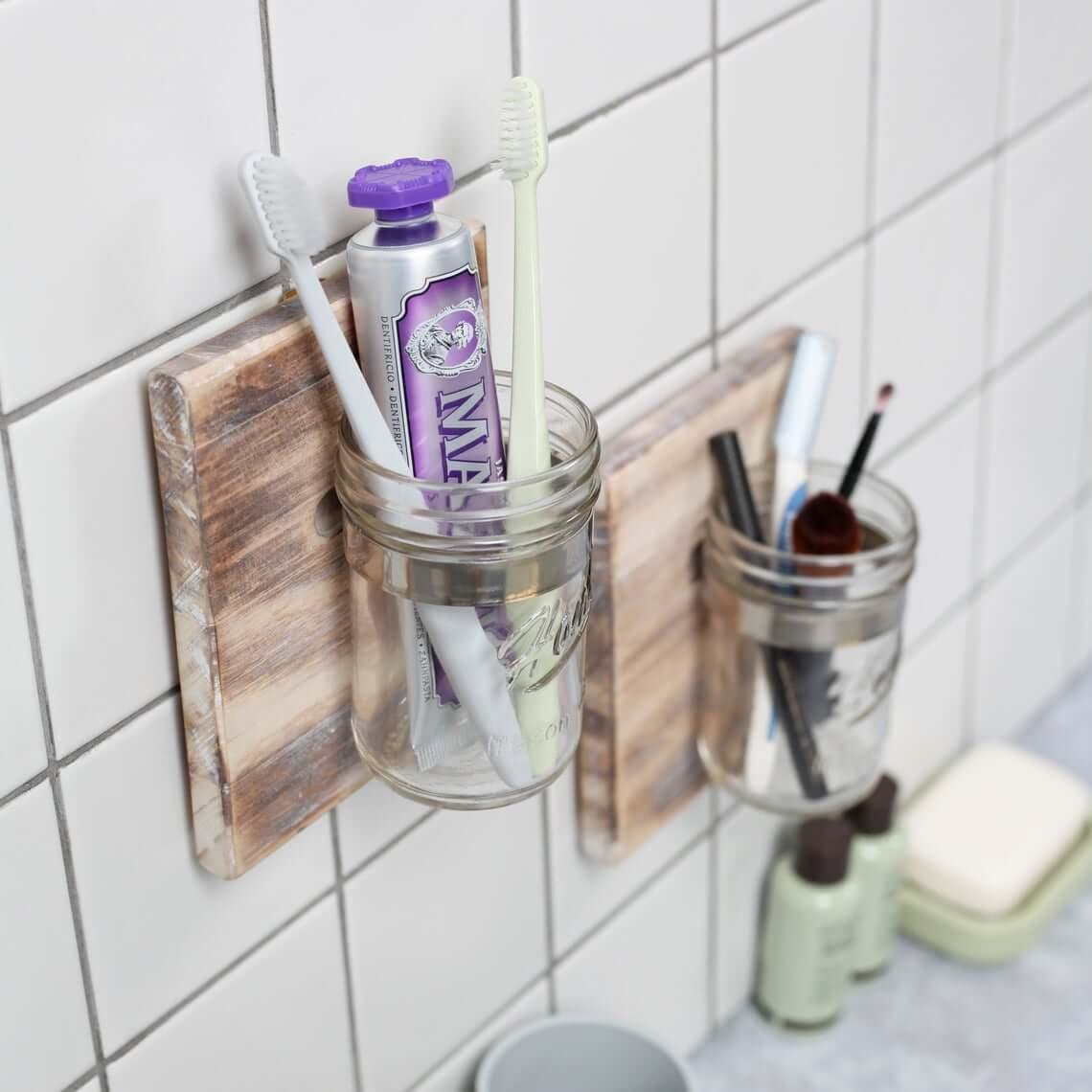 Magnificent Mason Jar Bathroom Storage Solutions