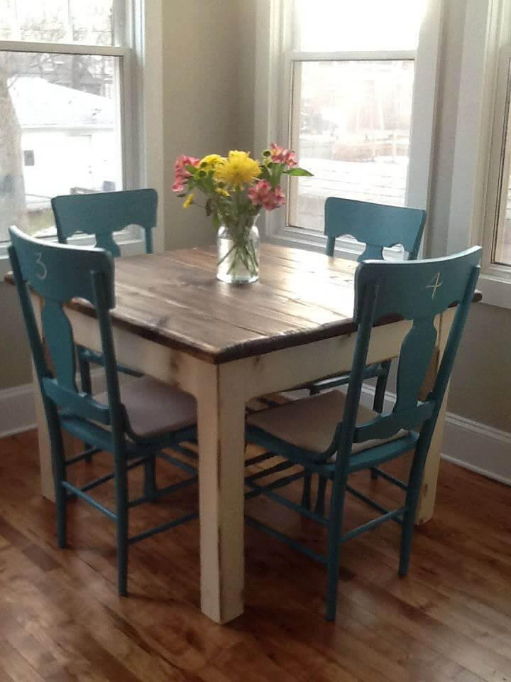 Rustic Farmhouse Breakfast Area Table
