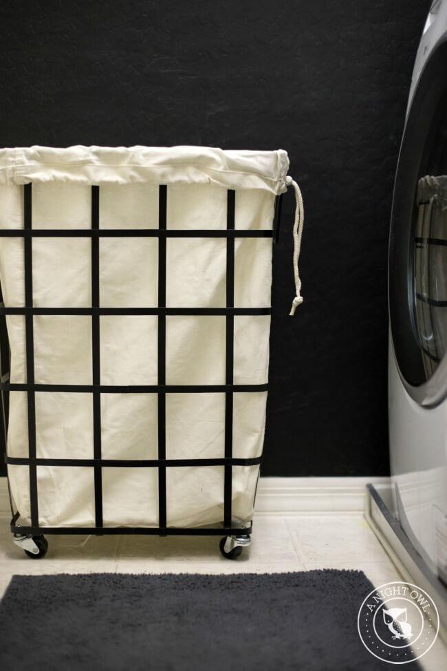 Retro Laundry Mat Style Laundry Cart