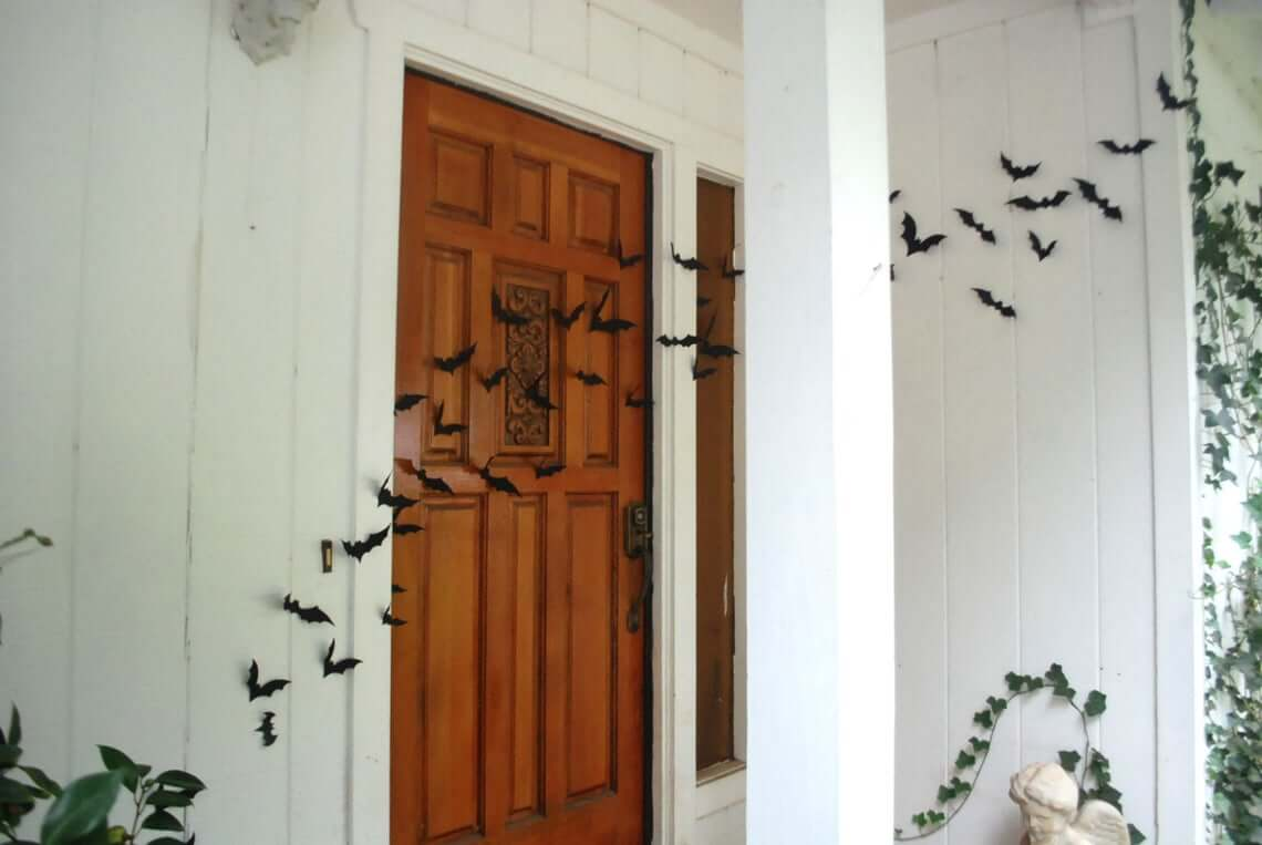 Bat Cloud Door Decor with Invisible Wire
