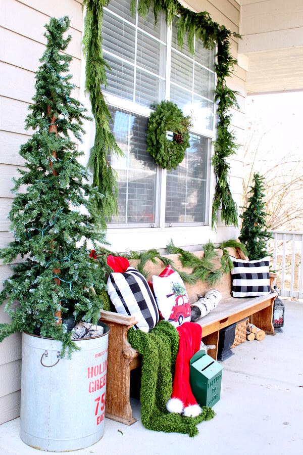 Cozy Joyful Greenery Sitting Area