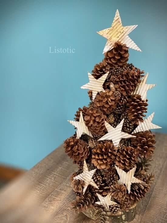 Cool DIY Rustic Pinecone Tree