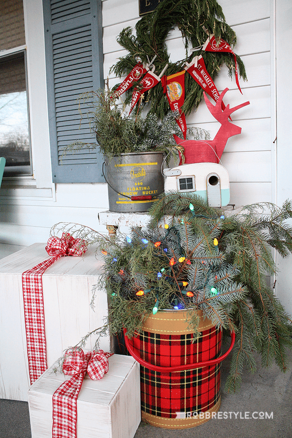 Eclectic Colorful Mini Christmas Décor