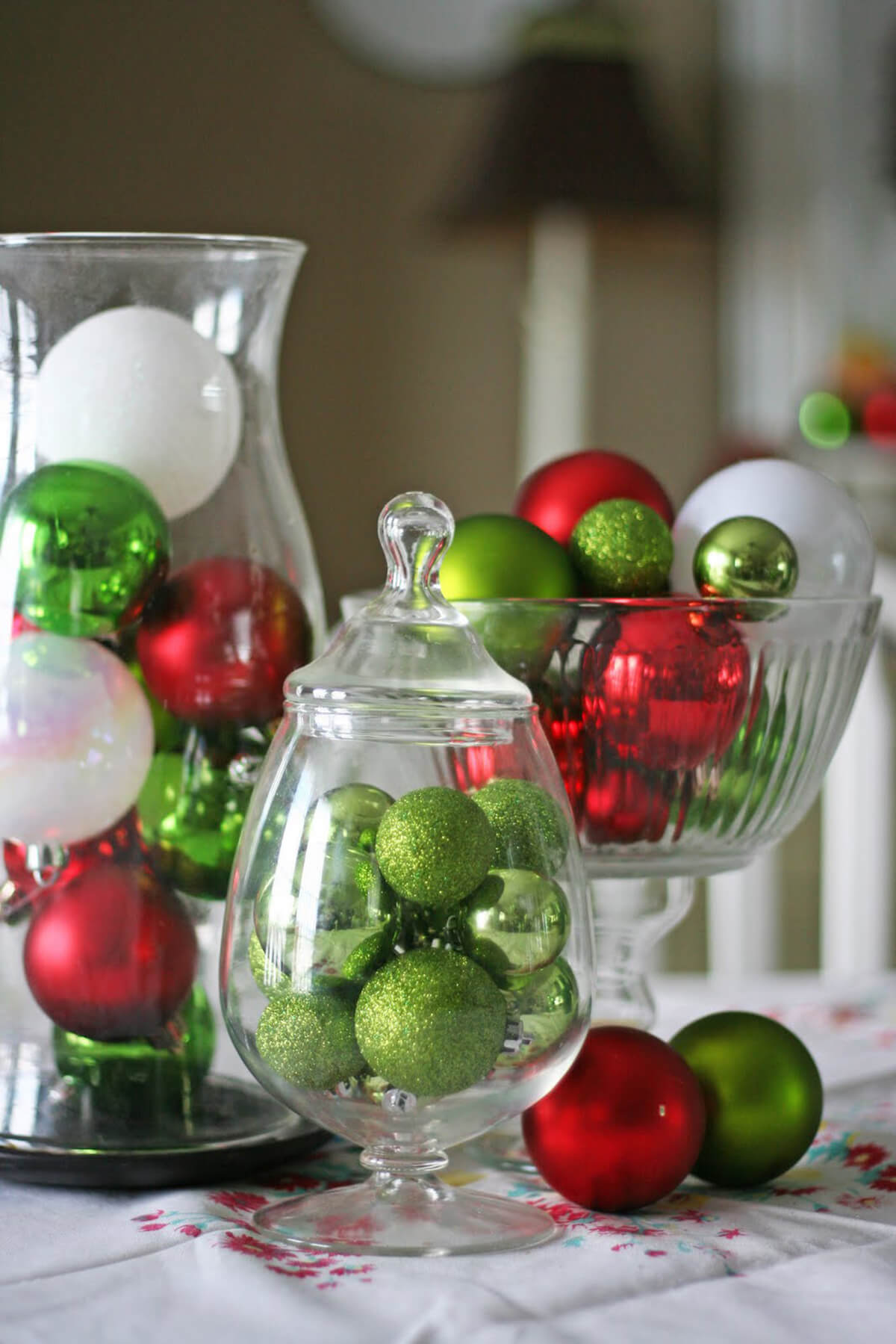 Quick and Easy Ornament Holiday Décor