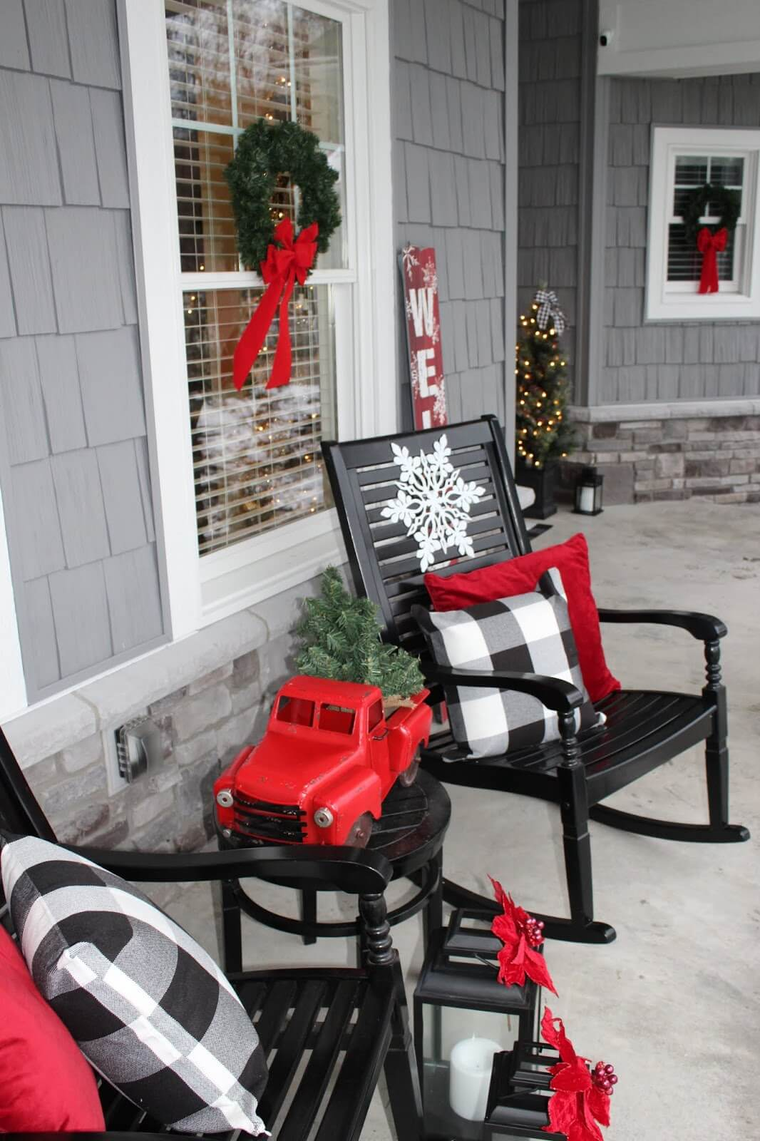 50 Best Christmas Porch Decoration Ideas For 2021