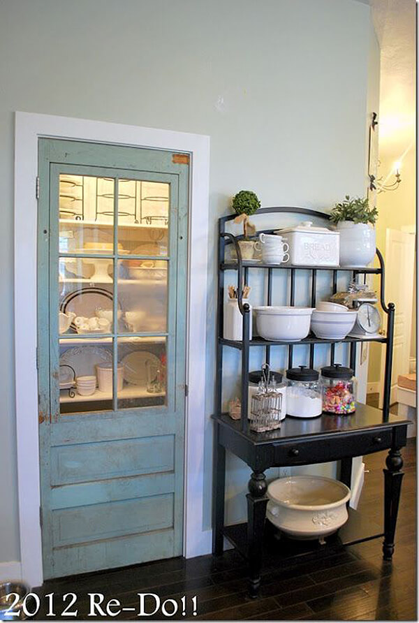 Introduce a Vintage Element for Your Pantry Door