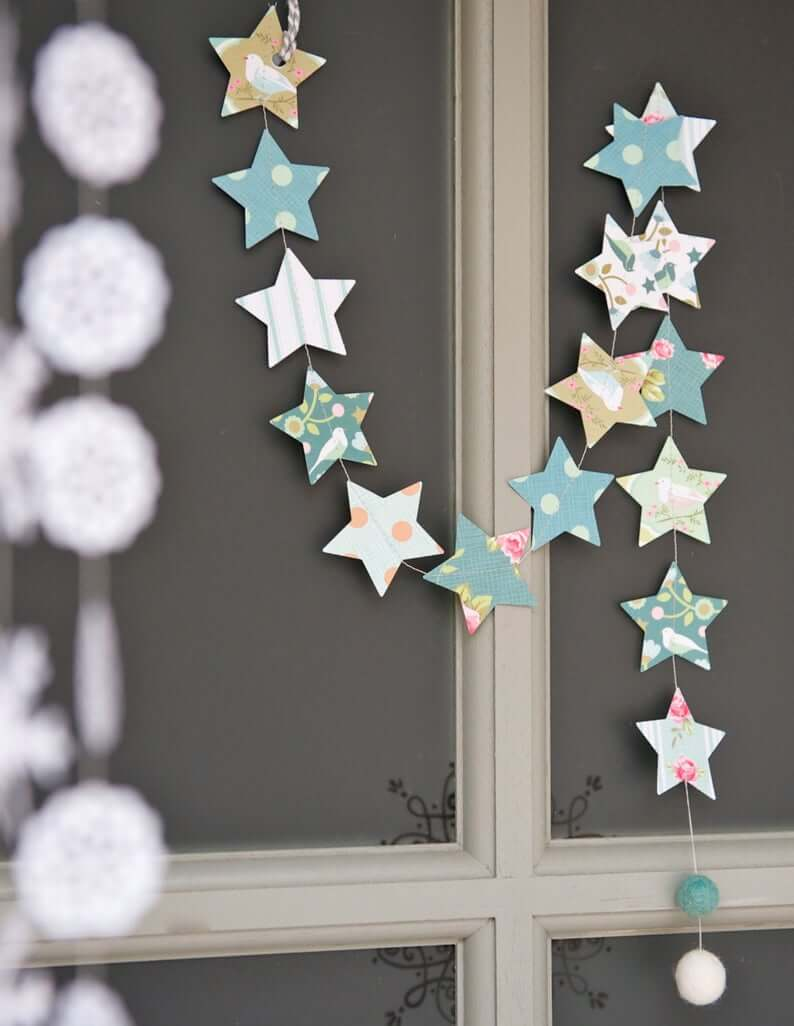 Quilt-Like Stars on a String Christmas Decoration Idea