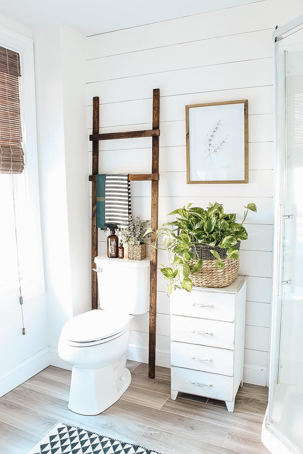 Easy Rustic Bathroom Ladder DIY Project